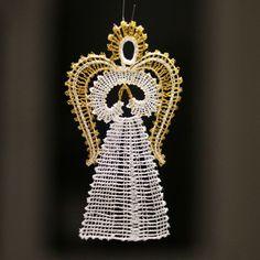 Betlém jako paličkovaný s anděli (1+3) se zlatou Lace Heart, Lace Jewelry, Lace Making, Bobbin Lace, Kirigami, Lace Detail, Butterfly, Embroidery, Crochet