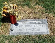 Henry Ross Perot ( June 1930 – July was an American business magnate, billionaire, philanthropist, and politician. Perot died on July at the age of 89 in Dallas, Texas after a battle with leukemia. Electronic Data Systems, Famous Tombstones, Business Magnate, Famous Graves, In Loving Memory, Famous People, Chief Executive, Graveyards, Dallas Texas