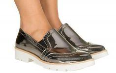 Sapato slip on metalizado grafite Taquilla