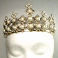 "Anne Boleyn Pearl Tiara - a handmade replica of the pearl tiara worn by Natalie Dormer as Anne Boleyn in ""The Tudors"""