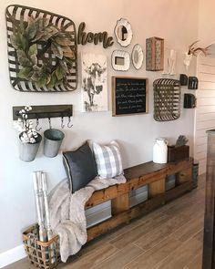 Diy Home Decor Rustic, Country Farmhouse Decor, Entryway Decor, Entryway Bench, Bench Decor, Farmhouse Bench, Farmhouse Style, Entryway Ideas, Farmhouse Ideas