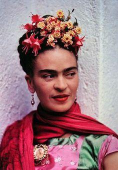 Frida Kahlo - hair piece!