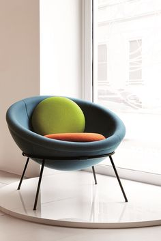 Bardi's Bowl Chair by Arper