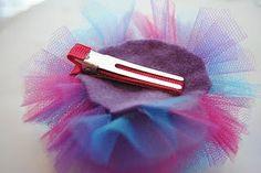 tulle hair puff clip