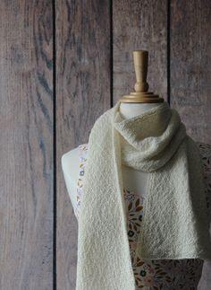 Tiff's slow-knit scarf Yarn Store, Crochet Projects, My Favorite Things, Stitch, Knitting, Stuff To Buy, Handmade, Inspiration, Fashion