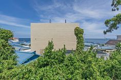 Gallery of Seaside Wall House / KHY architects - 10