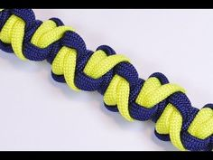 "Make the ""Snake Fangs"" Design Paracord Survival Bracelet - BoredParacord! - YouTube"