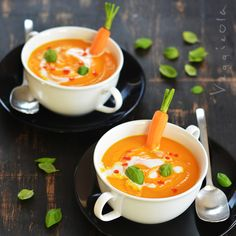 zupa marchewkowo-pomarańczowa z cynamonem Clean Recipes, Soup Recipes, Snack Recipes, Cooking Recipes, Snacks, Diy Food, Bon Appetit, Food Inspiration, Catering