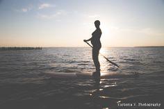 Surfin' Baby Mama Maternity Shoot <3  www.victoriavphotography.com #Maternityphotos