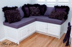 Bench seat in little girls room - love! For all the details, go to www.houseofcooley.com