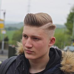 mozambeak_AND__Geometric haircut with hard part