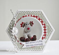 Cards made by Wybrich: Marianne Design challenge 209 Christmas Cards, Christmas Ornaments, Marianne Design, Happy Holidays, Card Making, Challenges, Holiday Decor, Blog, How To Make
