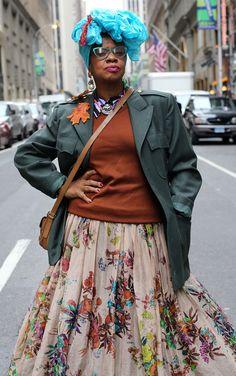 "The post Arlinda ""Sofistafunk"" McIntosh appeared first on Advanced Style. Stylish Older Women, Older Women Fashion, Boho Fashion Over 40, Over 50 Womens Fashion, Mc Intosh, Ari Seth Cohen, Advanced Style, Mode Inspiration, Old Women"