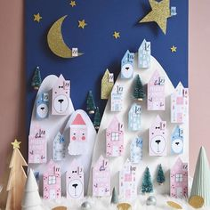 DIY advent calendars for (and by) kids Homemade Advent Calendars, Advent Calendars For Kids, Kids Calendar, Diy Advent Calendar, Calendar Ideas, Noel Christmas, Christmas Design, Diy Christmas Gifts, Christmas Decorations