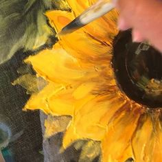 R E B E C A F L O T T ARTS🎨 (@rebecaflottarts) • Instagram photos and videos T Art, Photo And Video, Sunflowers, Painting, Screens, Videos, Beautiful, Sunshine, Photos