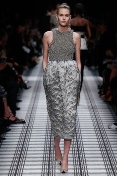Balenciaga Fall 2015 Ready-to-Wear - Collection - Gallery - Style.com