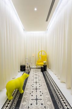 Yoo Panama by Philippe Starck. Industrial designer Philippe Starck has recently completed the interiors of a 56 storey building designed by Bettis-Tarazi Arquitectos located in Panama.