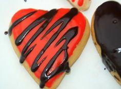 chipa by the dozen: Donuts con relleno de frutilla / Strawberry filled donuts