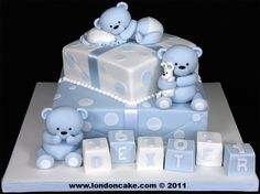 004013 2 tier Christening cake with sugarpaste Bears, Blocks and Spots.jpg 1,335×1,000 pixels