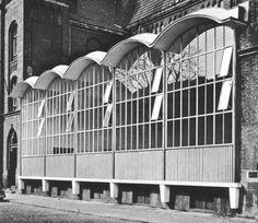Gymnasium of Volksschule Zugweg (1958) in Cologne, Germany, designed by Hochbauamt der Stadt Köln