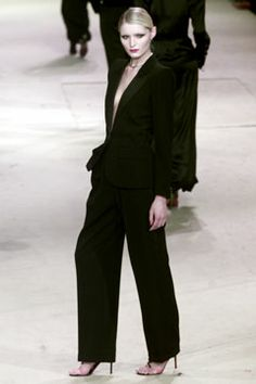 Saint Laurent | Spring 2002 Couture Collection | Style.com - Le Smoking