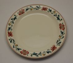 Wedgwood Wild Poppy 10 1/2 in Dinner Plate Queen's Ware England China