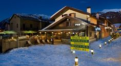 Hotel Galli's - Centro Livigno Hotel Galli's is 20 metres from the ski lifts and a few steps from the duty-free shops in Livigno centre. Staff can organise mountain excursions, snow-mobile tours and husky-rides. Free WiFi is available throughout.