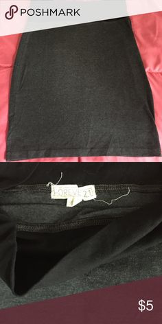 NWOT Forever 21 Skirt Gray and black medium cotton skirt. Bought from Forever 21-never worn Forever 21 Skirts Midi