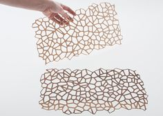 Wooden Mesh textiles by Diego Vencato