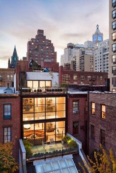 New Wonderful Photos: Modern Architecture With Rooftop Gardens