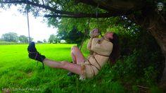 Vidéos YouTube : lc.cx/oCc5 Vous pouvez partager librement nos photos.http://Lâcher-Prise.net  #Lacher_Prise_ #Shibari #Kinbaku #lacher-prise-fr #Ropes #extérieur #cordes #femme #érotique #érotisme #attacher #Lier #bdsm #bondage #woman