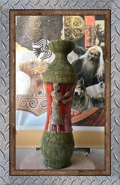 Annons på Tradera: Retro Italien Art Vas 35,5cm historiskt motiv Fint skick