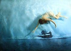Sueños bajo el agua: fotógrafa realiza inquietante secuencia onírica submarina « Pijamasurf