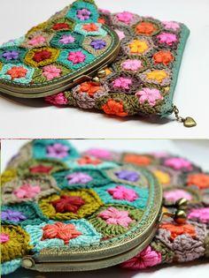 Coin Purse Pattern, Crochet Coin Purse, Bag Pattern Free, Crochet Purses, Crochet Pouch, Crochet Stitches, Knit Crochet, Crochet Patterns, Crochet Vintage