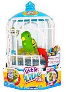 The Little Live Pets Bird Cage gives your pet bird it's very own home! Your pet bird will respond to touch, sing, record sounds and will talk back to you! Top Christmas Toys, Christmas 2014, Christmas Wishes, Xmas, Christmas Presents, Christmas Ideas, Pet Bird Cage, Little Live Pets, Moose Toys