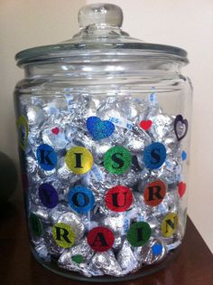 kiss your brain candy jar for when kids answer a question or work well on an assignment together