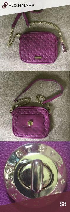 "Steve Madden bag Steve Madden bag, 9"" by 10"", magenta colorpreowned zipper is broken, still useful Bags Crossbody Bags"