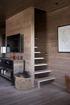 Rustic Kitchen Design Ideas – Rustic Home Decor Home Stairs Design, Interior Stairs, Home Interior Design, Interior Architecture, House Design, Tiny House Cabin, Tiny House Living, Loft Room, Sleeping Loft