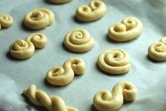 Food And Drink, Easter, Cookies, Crack Crackers, Easter Activities, Biscuits, Cookie Recipes, Cookie, Biscuit
