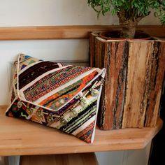 KATHMANDU by NAWERI 119€ Boho clutch made from antique embroidered fabrics with a removable strap. Pochette confectionnée à partir de tissus brodés antiques. Chaîne amovible. Modèle unique.