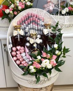 Flower Boxes, Diy Flowers, Wedding Hamper, Chocolate Flowers Bouquet, Graduation Crafts, Family Flowers, Wood Table Design, Baby Girl Boutique, Persian Wedding
