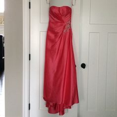 Long peach Prom Dress Strapless formal by Mystique - runs small Dresses Prom
