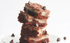 <p>These dessert bars mix a rich and creamy cheesecake with a moist, chocolatey brownie. </p>