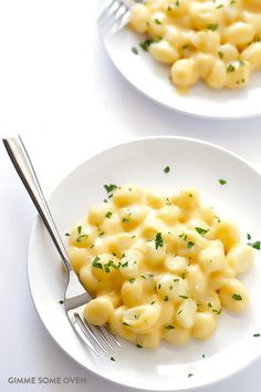 Gnocchi Mac and Cheese. Its not too hard to make your own gnocchi as well Gnocchi Mac And Cheese Recipe, Gnocchi Recipes, Pasta Recipes, Cooking Recipes, Mac Cheese, Fontina Cheese, Macaroni Cheese, Cheese Sauce, Cheddar Cheese