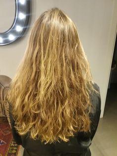 Las ondas de #BÓ para este otoño 2015. #Bopeluqueria #bospots #hair #hairstyle #peinados #moda #tendencias #peluqeria #Barcelona #event