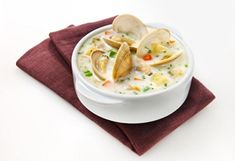 Wine and meals pairings Clam Chowder, Clams, Light Recipes, Cheeseburger Chowder, Stew, Seafood, Sandwiches, Good Food, Fish