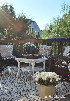 Fall outside furniture deck decor on a budget   11 Magnolia Lane