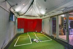 built for both golf and baseball this batting cage was designed and