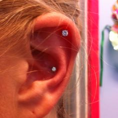 I want a conch piercing Sooo badly! Conch Piercings, Ear Peircings, Cute Piercings, Piercing Tattoo, Ear Jewelry, Jewlery, Different Ear Piercings, Creative Tattoos, Body Mods