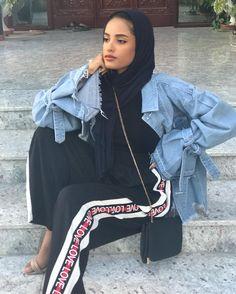 Hijab Fashion Nuriyah O Martinez Hijab Fashion Summer, Modern Hijab Fashion, Hijab Fashion Inspiration, Arab Fashion, Muslim Fashion, Cute Fashion, Modest Fashion, Fashion Outfits, Fashion 2020